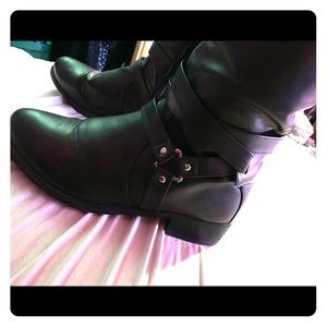 Size 12 knee high boots